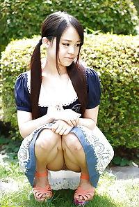 Japanese Teen Risa Omomo