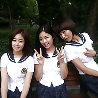 KOREAN School Cuties
