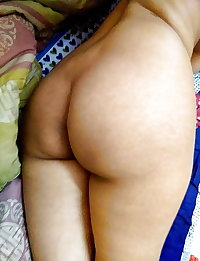 Indian Aunties with huge fat asses.