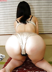 Beautiful japanese mature woman 6 - Yuka Kakihara