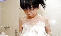 Beautiful japanese mature woman 6 - Yuka Kakihara