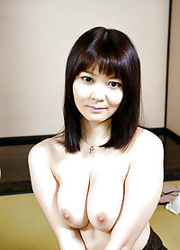 Erotic Japanese MILFs - Hot spring