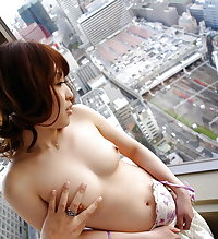 Japanese girl fucked in hotel