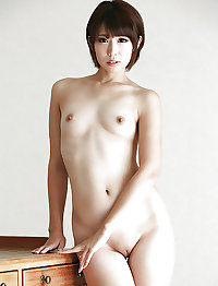 Naked Asian Girls 16