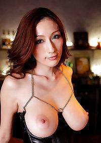 Sexy JULIA - Beautiful Japanese MILF