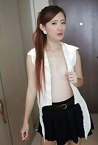 Singapore Horny Office Girl