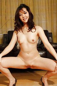Vietnamese - Nude