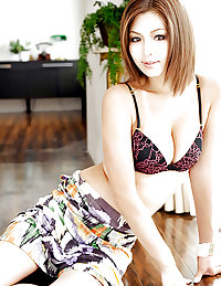 Cute Asian Babes 31