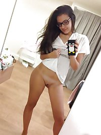 Girls Selfy Pics