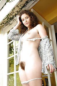Hairy Pussy 02