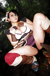 Sexy Cosplay - Queen's Blade