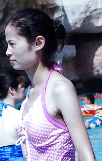 My visit to a waterpark (Sexy Asians with Hairy Armpits)