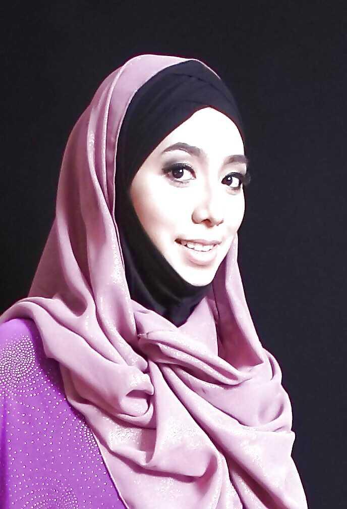 hijab pussy Malay